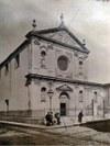 Chiesa di San Giovanni in Buenos Aires: qui sopra prima del restauro e  com'era ai tempi di p. Sardoy